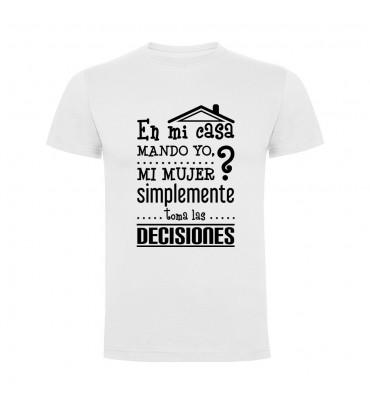 Camisetas con frases motivadoras fabricadas en 100% algodón de serie limitada con la frase En mi casa mando yo